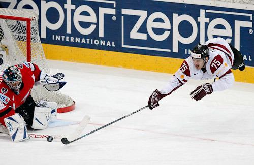 Александр Ерофеев: фотографии - Sports.ru: http://www.sports.ru/tags/4621703/photo/