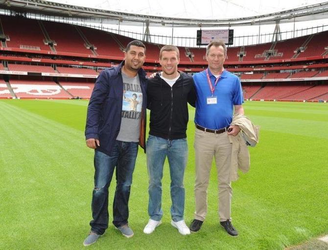 """Несмотря на переход Лукаса Подольски, тема Робина ван Перси все равно остается более актуальной в """"Арсенале"""""""