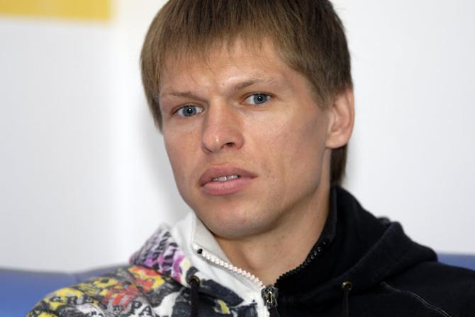 Виталий Леденев еще только в самом начале своей агентской жизни