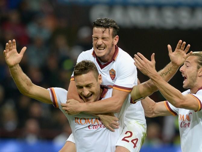 Франческо  Тотти заставляет всю команду играть лучше.