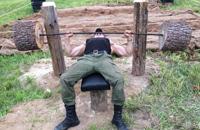 Деревенская спортплощадка, сделанная своими руками