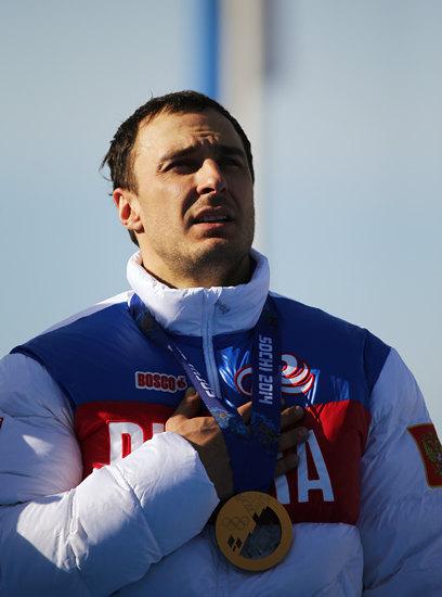Алексей Воевода: «Когда я работал охранником, на меня наставляли оружие.»