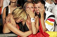 Байер, Ливерпуль, Рейнджерс, сборная Бразилии, сборная Германии, Фенербахче, сборная России, болельщики, Сандерленд, фото, Санкт-Паули, Честер, Уимблдон
