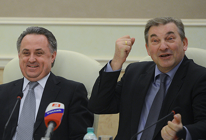 Министр, спорно. Почему Виталия Мутко нужно оградить от хоккея