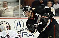 Кори Кроуфорд, НХЛ, Теему Селянне, Анахайм, Чикаго