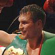 Лебедев и Дрозд одержали победы в чемпионских боях. Как это было