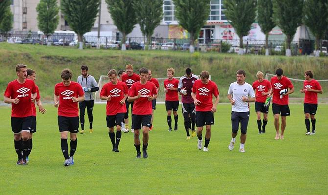 «Мы как раненый зверь – готовы на все». Как живут футболисты, которым не платят зарплату