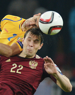Российские болельщики проиграли молдавским