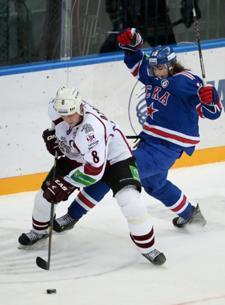 Контрольный матч. Дубль Хохрякова помог СКА обыграть «Альмтуну»