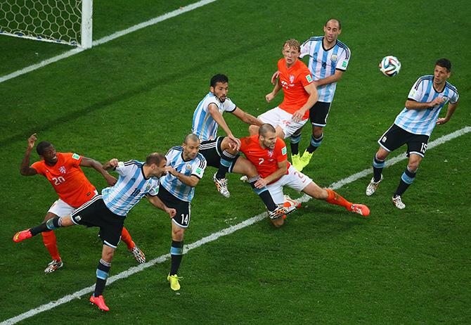 сборная Португалии, сборная Голландии, сборная Бразилии, сборная Южной Кореи, сборная Германии, сборная Аргентины, Пеле, ЧМ-2014, сборная Перу, сборная Австрии