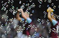 Рафаэль Бенитес, Сэм Эллардайс, Вест Хэм, Дэвид Мойес, премьер-лига Англия, болельщики, Дэвид Салливан, Каррен Брэйди, Дэвид Голд, Олимпийский стадион Лондон