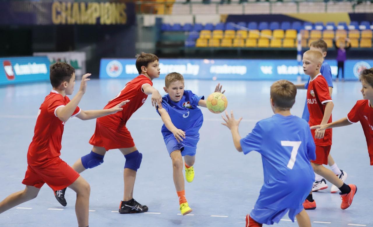 сборная Беларуси, Мешков Брест, Zubr Cup, детский спорт