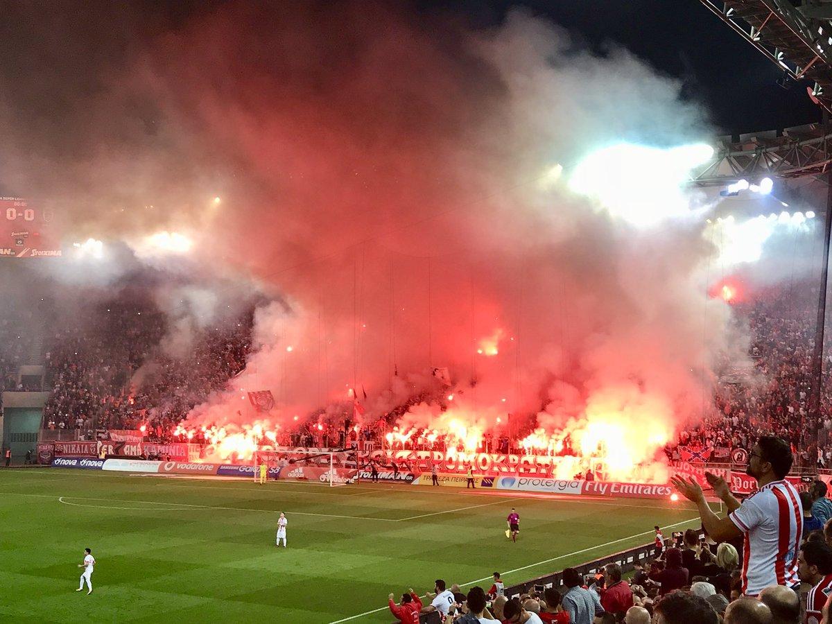 Адская атмосфера на матче клуба, которому принадлежит футболист «Карабаха» – ФОТО – ВИДЕО