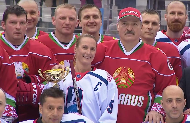 Беларусь и РФ встретятся вфинале Рождественского хоккейного турнира