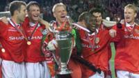 Лежит Бавария, поверженная Манчестером!, Лежит Бавария, поверженная Манчестером!