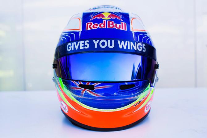 шлемы_14