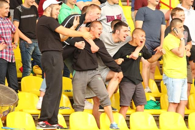 Жодинские болельщики были несказанно рады голу Алексея Козлова.