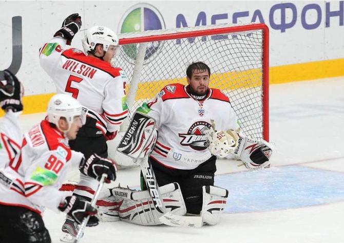 Несмотря на удачный дебют в КХЛ, гарантировать безоблачное будущее Степану Горячевских никто не может