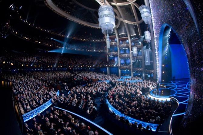 Будут ли когда-нибудь награды ОЧБ вручаться в таком шикарном зале и при столь многочисленной аудитории?