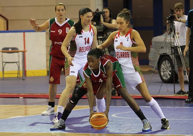 Сборная Беларуси не оставила шансов гостям из Португалии, хотя поначалу и заставила своих болельщиков поволноваться.