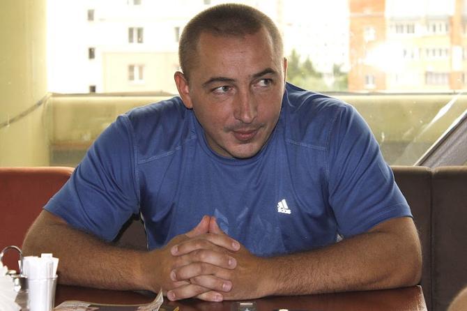 Дмитрий Карпиков признается, что наигрался в хоккей.