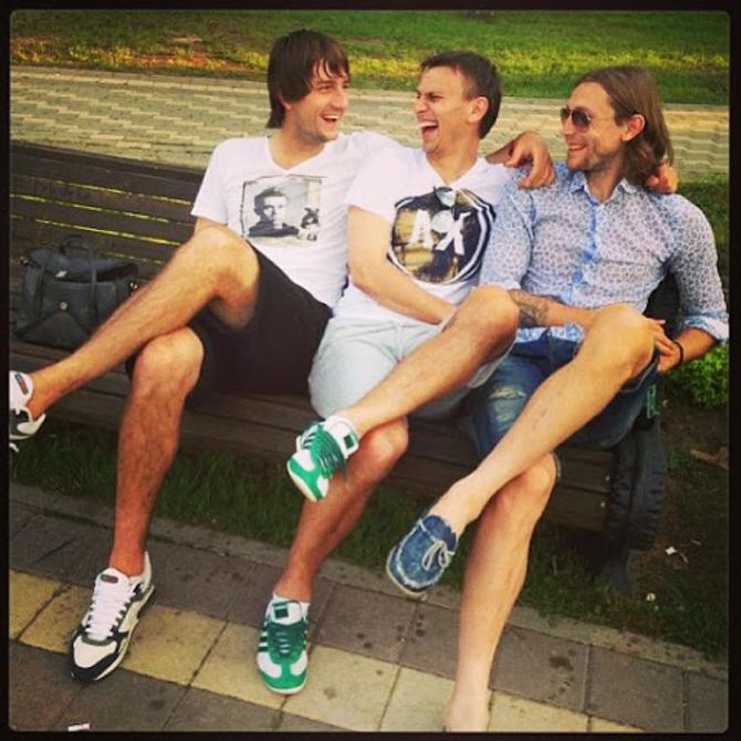 Егор Филипенко любит шумные компании друзей