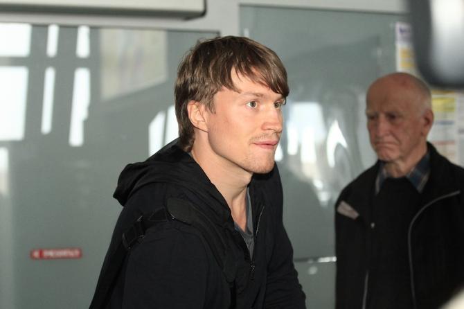 Михаил Грабовский пока не определился с клубом, в котором продолжит карьеру.