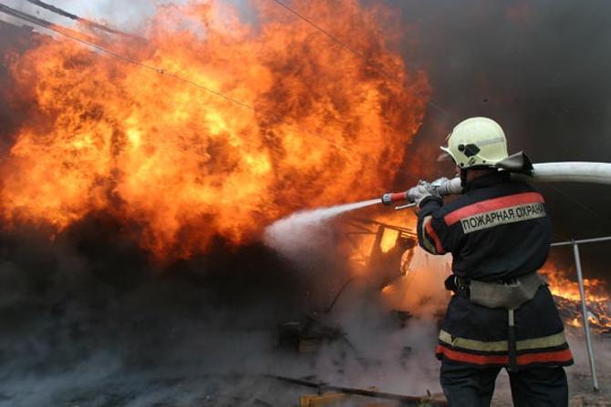 Белорусская федерация футбола пока больше похожа на пожарного, чем на организацию, следующую своей генеральной линией