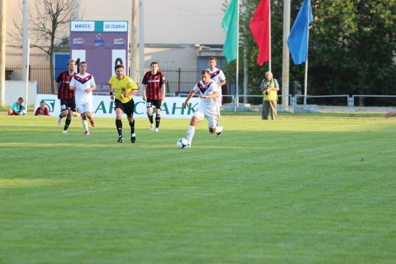 Роман Василюк отметился дублем. Всего он забил уже 195 голов.