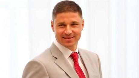 «У меня нет никаких оснований не доверять белорусской милиции». Олимпийский чемпион осваивается в парламенте