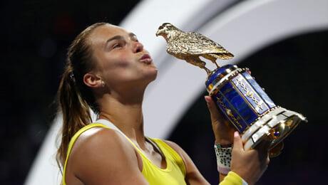 Яркий трофей Соболенко: задавила соперницу, вытерлась о Турсунова и получила золотого сокола