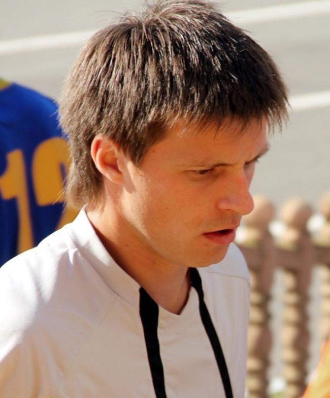 Олег Попель играет в Сморгони, чтобы быть ближе к семье
