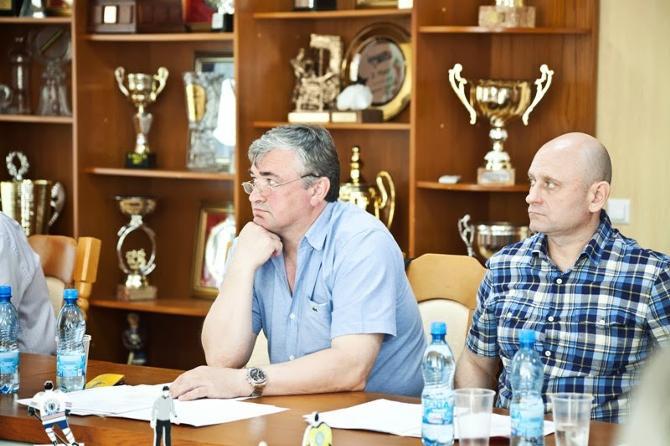 Сергей Усанов остается в «Могилеве», чтобы получать тренерскую практику.
