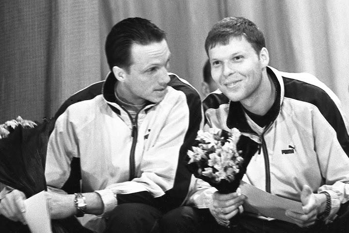Интересная пара: Александр Седнев и печально известный впоследствии Валерий Шанталосов. Его вклад в то золото трудно переоценить: голкипер просто блистал.
