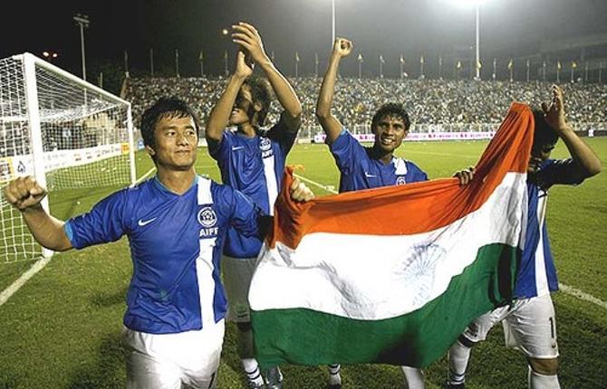 Индия станет пристанищем некоторых звездных футбольных пенсионеров