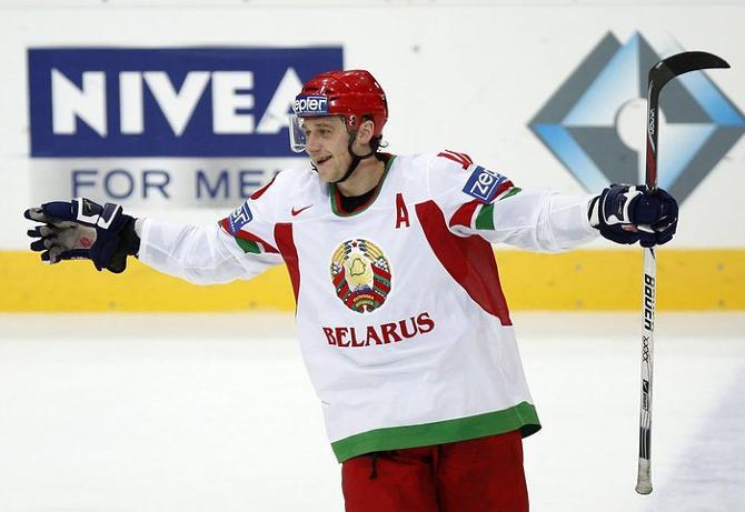 Антоненко и в 38 лет (кстати, 1 июля ему исполнится 39) намерен решать высокие задачи