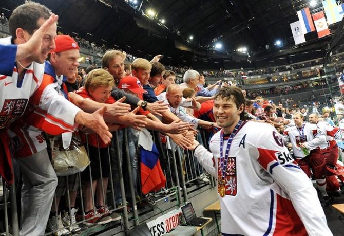 Яромир Ягр счастлив: он снова привел Чехию к званию чемпиона мира.