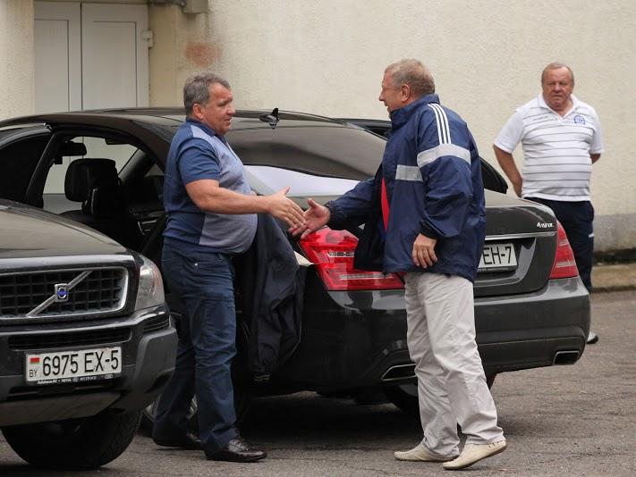 На матч минского «Динамо» в Новополоцке пожаловал и сам Юрий Чиж.