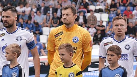 Климович с «Оренбургом» побеждает – после этого соперники теряют тренеров