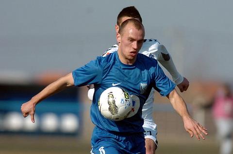 Пока последнее приобретение минского «Динамо» — Ненад Адамович. Трудовое соглашение с полузащитником рассчитано аж на три года.