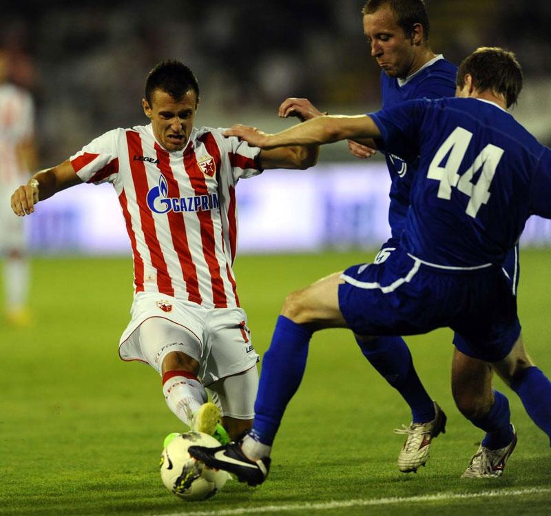 Как и в 2009-м, когда «Нафтан» встречался с бельгийским «Гентом», новополоцкой команде не удалось решить лигоевропейскую задачу при весьма неплохом уровне показанного футбола