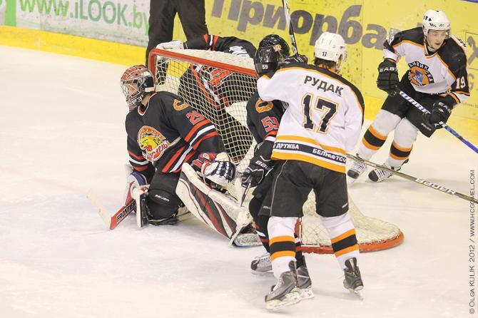 Играть в хоккей Дмитрию Рудаку всегда хотелось в Новополоцке.