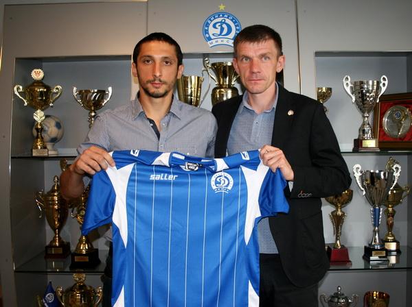 Также взят в аренду у сербского «Хайдука» из Кулы нападающий Лазар Веселинович. Контракт рассчитан до конца года, после чего минчане смогут выкупить трансферные права на футболиста.