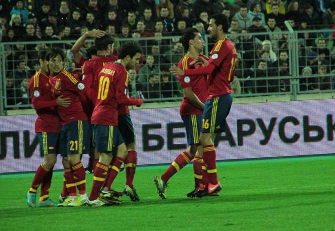 Испанские футболисты не преминули поделиться радостью после матча в Минске в соцсетях