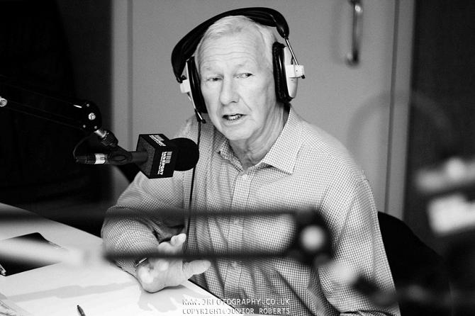 До 2000-х Уилсон работал на британском ТВ