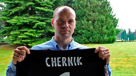 «Очень хорош Черник. Он должен играть чаще». Как белорусский вратарь дебютировал за «Нанси»