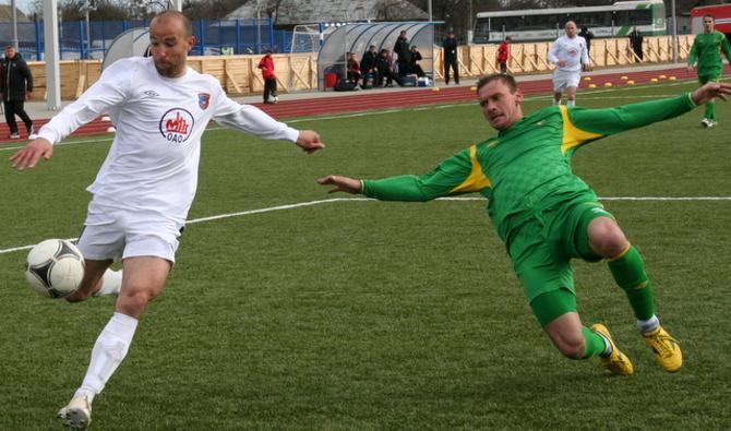 Олег Страханович не смог толком отомстить бывшей команде, хотя голевой пас все-таки отдал