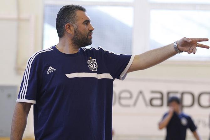 На Бориса Денича и «Динамо» навалилось много проблем.