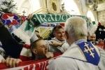 5 tysięcy kibiców modliło się u stóp Czarnej Madonny podczas VIII pielgrzymki piłkarskich fanów - PCh24.pl - prawa strona internetu. Portal informacyjny. Opinie i komentarze w dobrym stylu