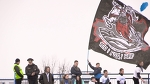 "Милиционер и флаг к 100-летию БНР на фан-секторе ""Динамо-Брест"""